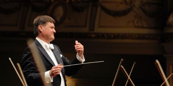 Riccardo Muti dirige Il Concerto di Capodanno da Vienna su Rai2