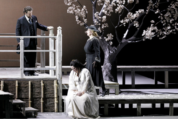 Rebeka Lokar in Madama Butterfly