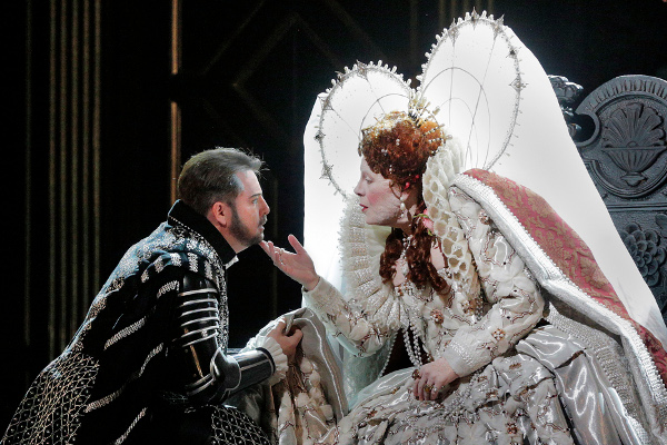 Roberto Devereux a New York